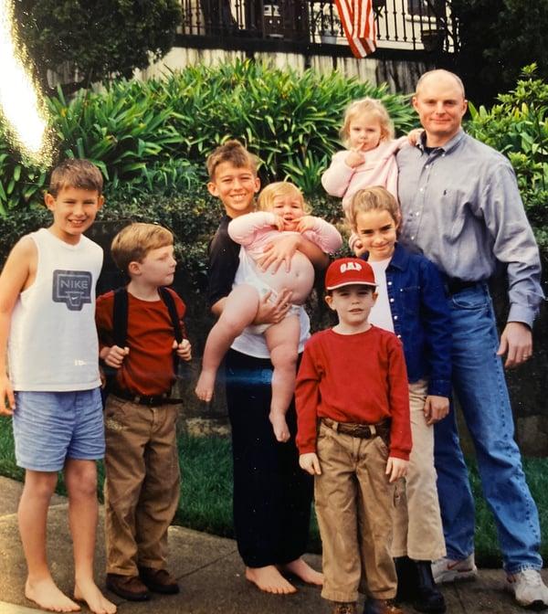 Neil Sapp and grandkids (2)